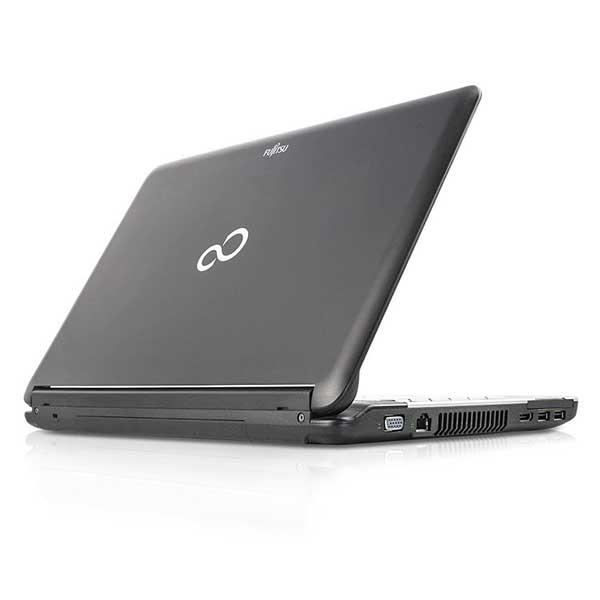 Ноутбук б/у 15,6″ Fujitsu Lifebook A530 - Core i3 370M / 4Gb ОЗУ DDR3 / HDD 320Gb / камера